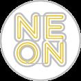 Neon reklám formavágott plexire szerelve fóliavágással kiegészítve