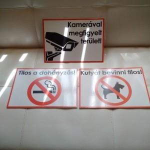 Habosított PVC műanyag, ongrofoam reklámtábla